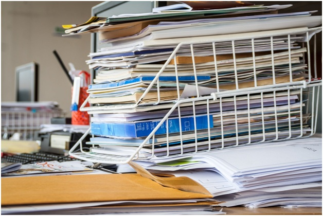 Is Office Clutter Good or Bad for Business?